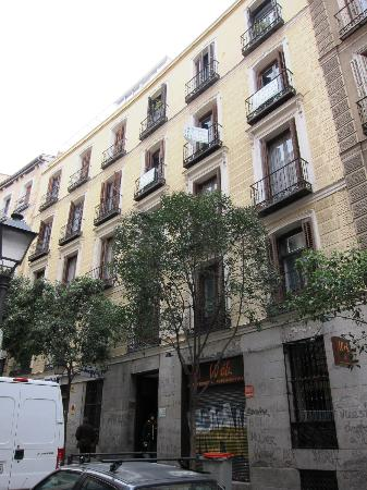 Hostal Conchita II: edificio hotel