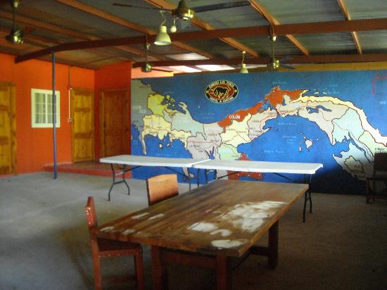 Rancho Los Toros: Common area of hostel
