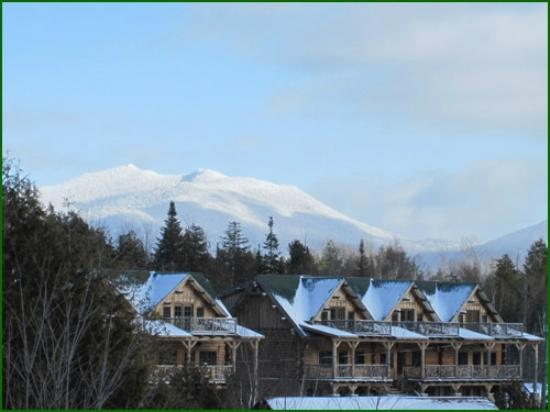 Ampersand Bay Resort & Boat Club: Birch Townhomes with McKenzie Mountain in Background
