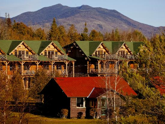 Ampersand Bay Resort & Boat Club: Pines Cabin with Birch Townhomes and McKenzie Mountain behind