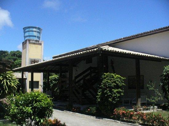 Hotel Quarup Praia: Area da entrada para os flats.....