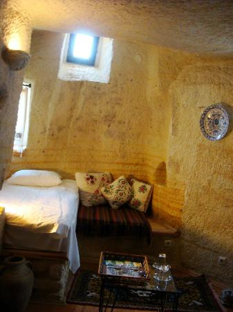 Elkep Evi Cave Hotel: Our room