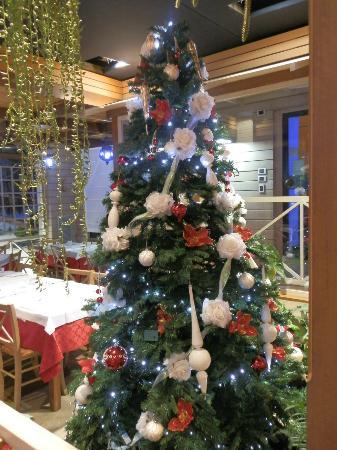 Byron Ristorante Pizzeria: Albero di Natale al Byron