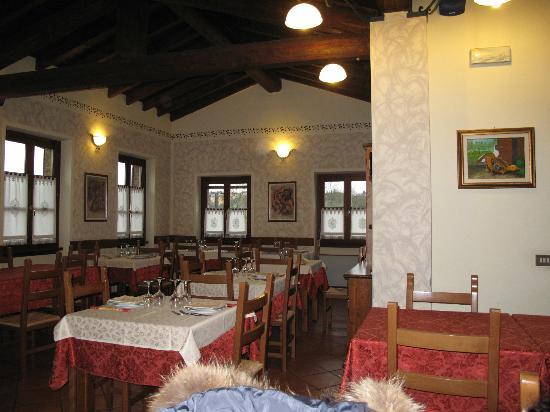 La Casa Dei Nonni : sala da pranzo 1° piano