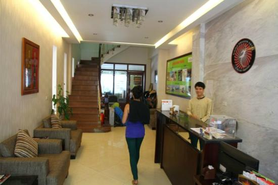 Rising Dragon Cathedral Hotel : Friendly staff