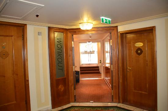 Hotel Bristol Vienna: Entrance to Workout room
