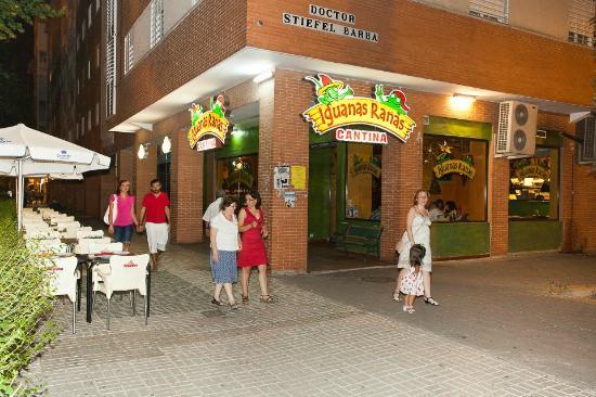 Iguanas ranas sevila este sevilla fotos n mero de tel fono y restaurante opiniones tripadvisor - Apartahoteles sevilla este ...