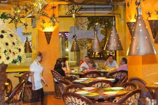 Restaurante iguanas ranas sevila este en sevilla con - Apartahoteles sevilla este ...