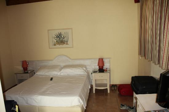 Hotel Acquasanta: letto