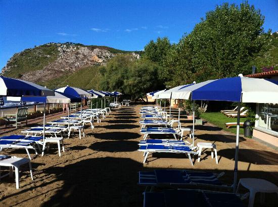 Hotel Acquasanta: ombrelloni