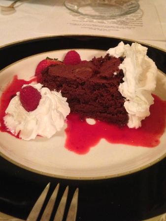 Inn of Glen Haven: Flourless Chocolate Cake