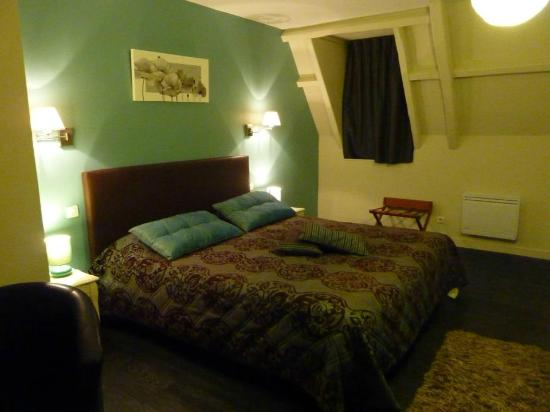 Les Vieilles Tours: Junior Suite lit King Size