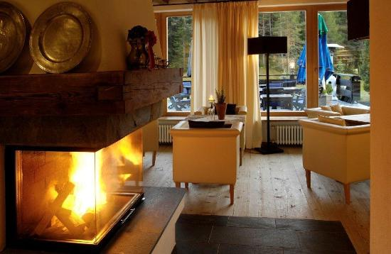 Armentarola: Lounge