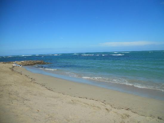 Grand Paradise Playa Dorada: la plage la seule belle journee
