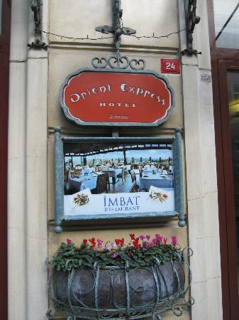 Orient Express Hotel: Hotel sign