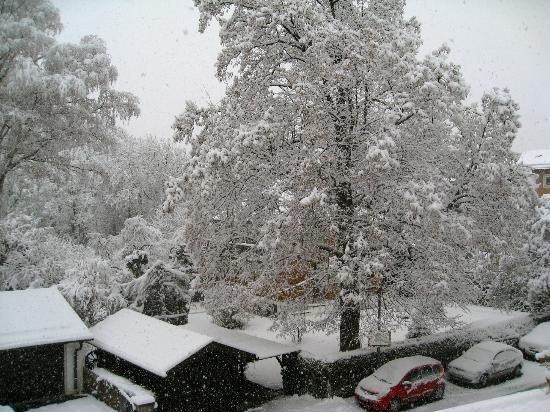 Reindl's Partenkirchner Hof: Let it snow, let it snow, from room 1109~