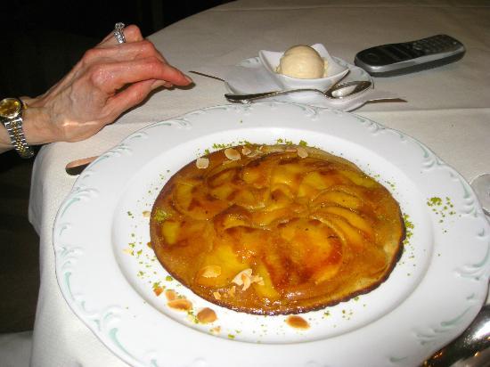 Reindl's Partenkirchner Hof: Like a wonderful Apple Tart for dessert?