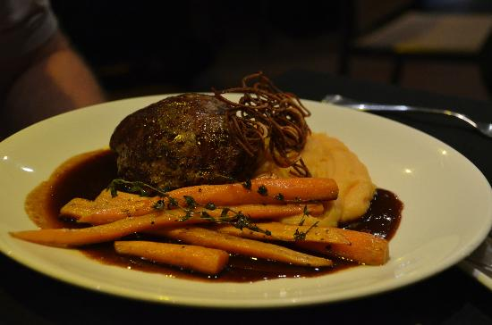 Daintree EcoLodge & Spa: Beef au jus