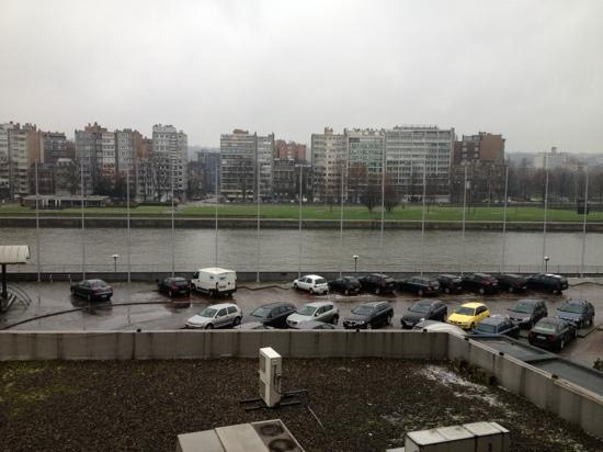 Alliance Hotel Liege - Palais des congres : vue de la chambre 323.