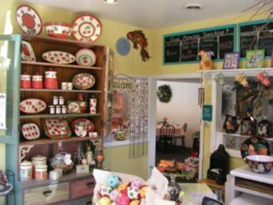 The Village Cafe: Inside Village Cafe in Door County