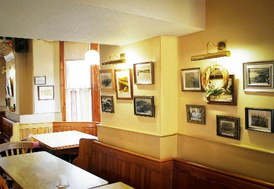 Victoria Hotel: Original photographs of Victorian era Pwllheli adorn the walls. & Original photographs of Victorian era Pwllheli adorn the walls ...