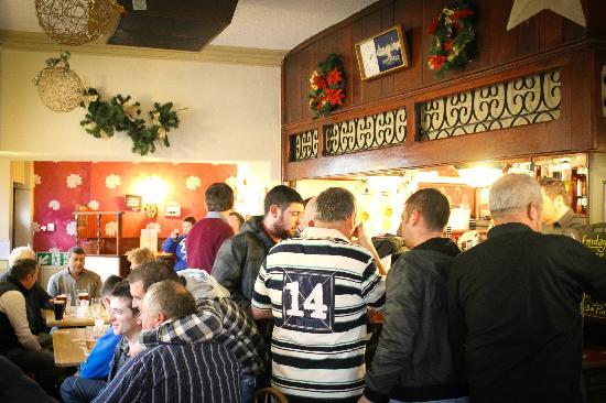 Victoria Hotel: Bar