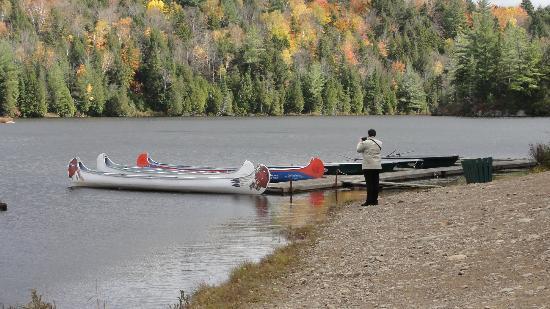 Pourvoirie Du Lac Blanc: Lac aux loutres, canöe