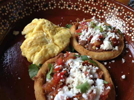 Hacienda de la Costa: One of many great breakfasts made by Terri
