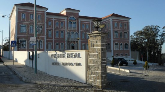 Palace Hotel Monte Real: Fachada do Hotel