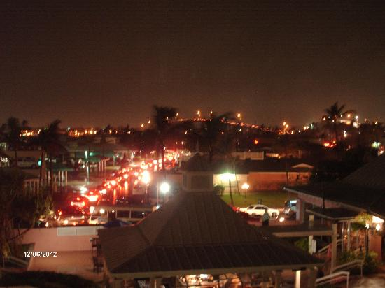 Comfort Suites Paradise Island: Nighttime view of Nassau from our window (R#$^)