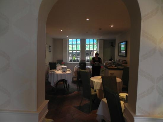 Paradise House: breakfast room