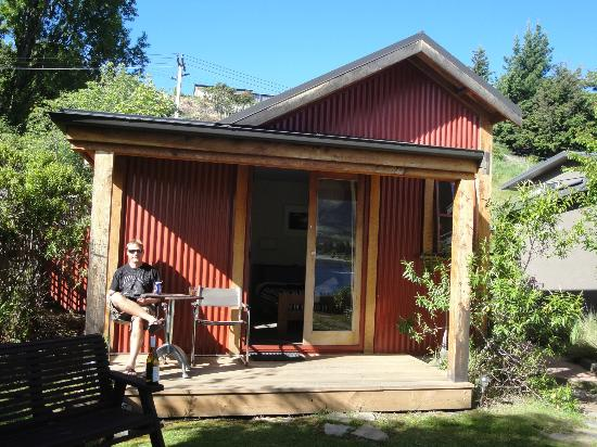 Wanaka Bakpaka: Front porch of private room