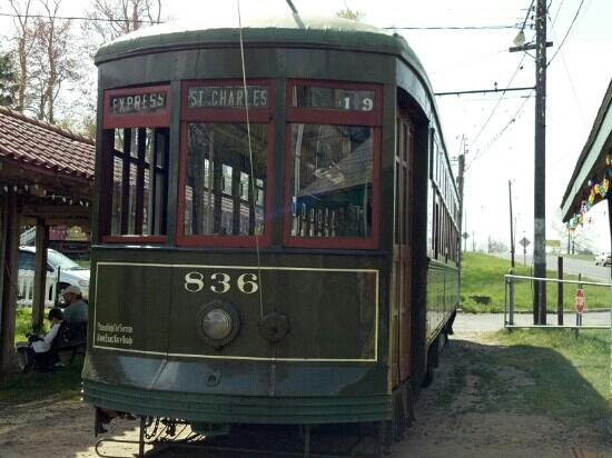 Connecticut Trolley Museum: T #836 - 2