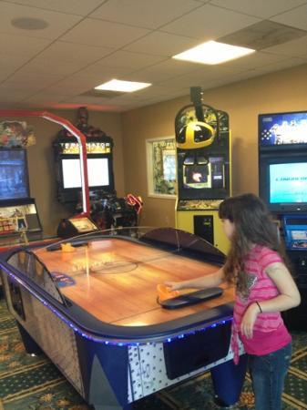 Omni Orlando Resort at Championsgate: arcade