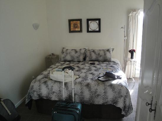 Queenstown House Boutique Bed & Breakfast & Apartments: Very comfortable bed