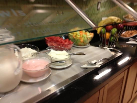 Hyatt Place Atlanta Perimeter Center: breakfast