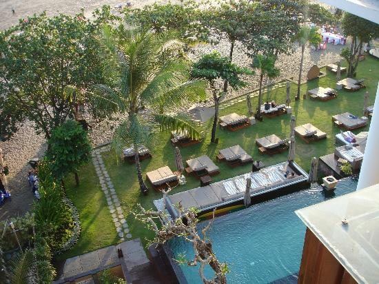 Anantara Seminyak Bali Resort: The pool from above