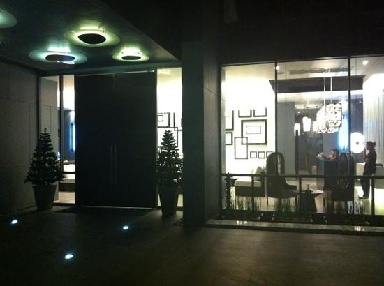 فوتو هوتل: entrance 