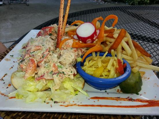 ‪‪Flash Beach Grille‬: FBG Lobster Roll‬