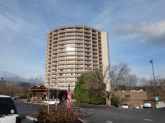 Park Vista - DoubleTree by Hilton Hotel - Gatlinburg: Exterior