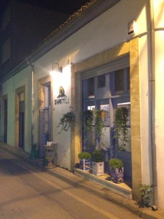 zanettos the Cyprus tavern