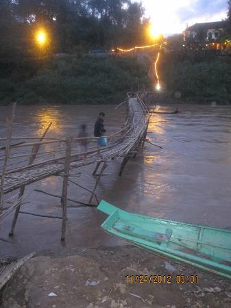 """ماي دريم بوتيك ريزورت: The bamboo foot bridge that makes this resort """"5"""" minutes (15 by a western watch) to town..."""