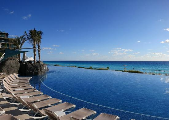 Hard Rock Hotel Cancun: Pool