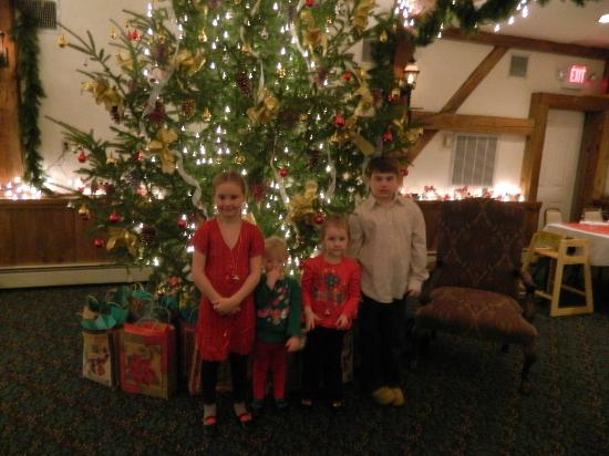 Christmas Farm Inn & Spa: A special supper with Mrs. Claus and gifts afterwards