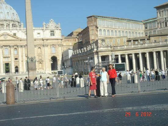 Rome Tour Guide Tours: The Vatican and St. Peter's Square on St. Peter's Day, June 29, 2012