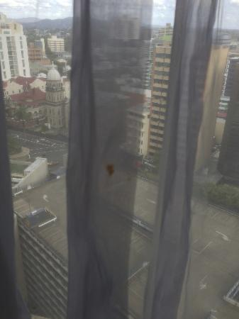 Sofitel Brisbane Central: Blood stain on curtain