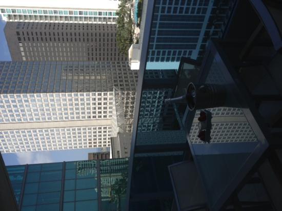 EPIC Hotel - a Kimpton Hotel: Balcony