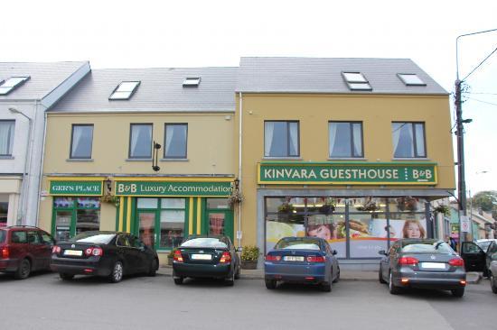 Kinvara Guesthouse: Outside