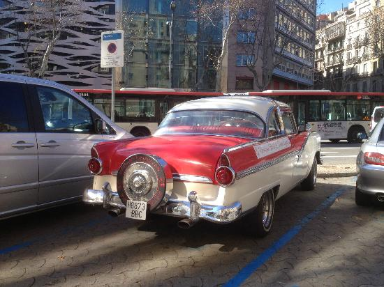 Hostal L' Antic Espai: Ford 55 L' Antic Espai.