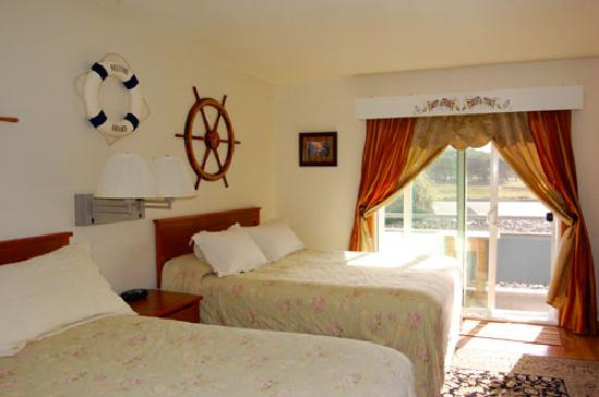 Table Rock Motel: Pirate Themed Room